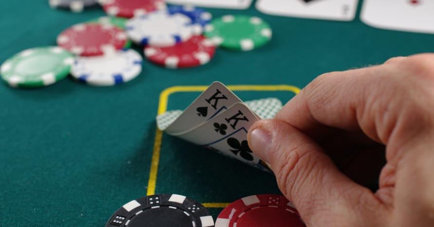 Покер ръководство за печелене на ръка