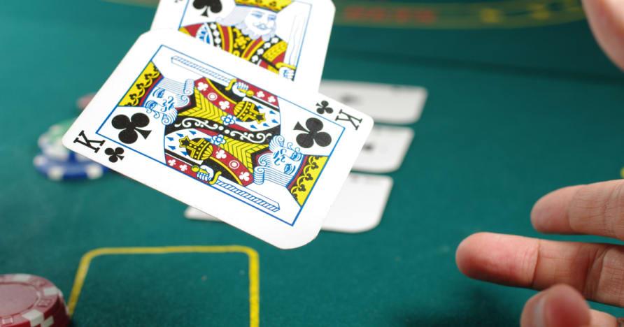 В отговор на няколко въпроса за стратегия Добър Poker